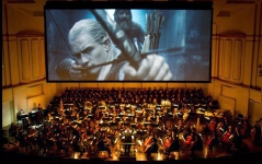 The St. Louis Symphony Orchestra and chorus perform the Loard of The Rings: Fellowship of the Ring: Live to projection. Photo by Dilip Vishwanat